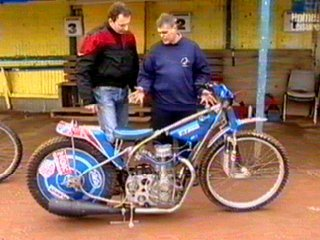 Mick Coombes shows Robert Taylor a modern bike
